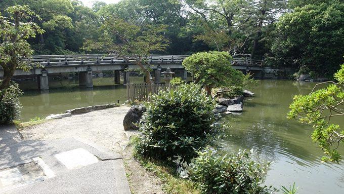 厳島神社 九條池No1