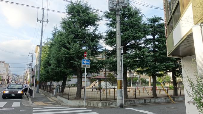 空襲被災を記録する碑 辰巳公園No2