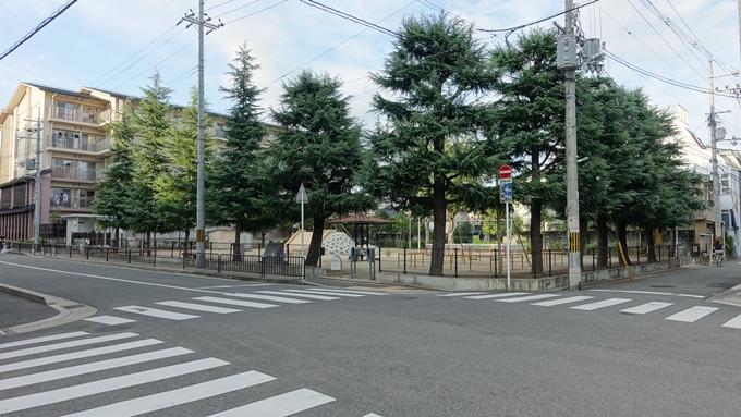 空襲被災を記録する碑 辰巳公園No3